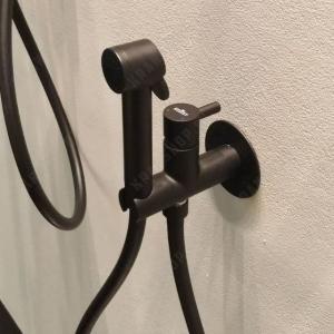 Гигиенический душ со смесителем Webert EL870303560PVC Черный матовый
